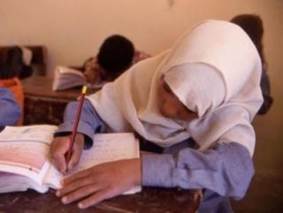 Мусульманки казанского медколледжа должны носить белый хиджаб