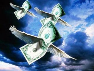Между Россией и Таджикистаном доллары летают туда и обратно