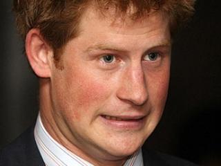 Голый принц Гарри бежал с базы, атакованной талибами