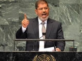 Мурси призвал мир помочь в создании независимой Палестины