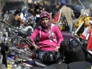 Арабских женщин посадят на Harley-Davidson