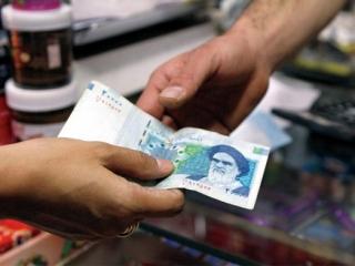 В Иране обвалилась национальная валюта