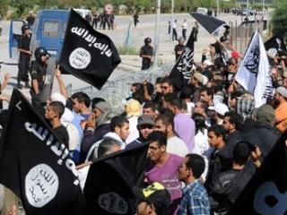 Участникам антиамериканских акций в Тунисе грозят казнью