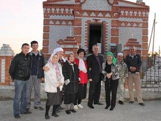 Тюменские власти не дадут рухнуть мечети Больших Акияр