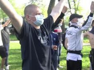 Православные говорят, что не нападали на лесбиянский клуб