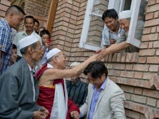 Далай-лама вступился за ислам