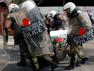 Защитники чести Иисуса в Греции задержаны полицией