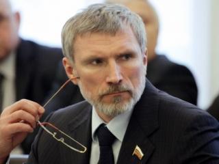 Депутат Госдумы считает хиджаб и молитву агрессией