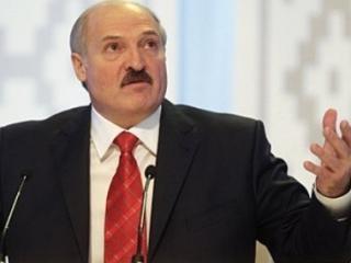 Лукашенко: Таджики дома строить не умеют, зовите белорусов