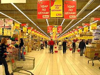 Мигрантов будут официально устраивать в магазины