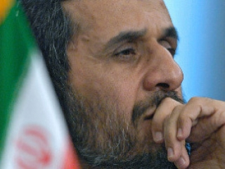 Президента Ирана не пустили в тюрьму к советнику