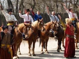 Госфинансирование получат казаки и православные организации