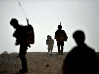 Афганский полицейский застрелил двух натовцев