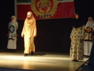 Женщин Эстонии учили носить хиджаб