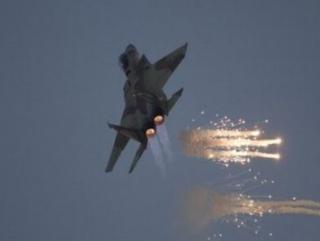 Самолеты сирийских ВВС бомбят столицу своей страны
