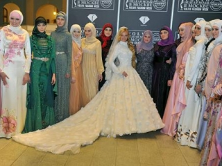 Firdaws представил новую коллекцию мусульманской одежды