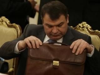 Владимир Путин отправил в отставку главу Минобороны
