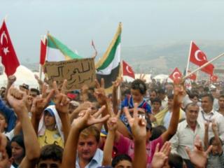 Сирийские генералы совершили массовый побег в Турцию