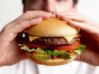 Поставщика фаст-фуда заставят «рассекретить» состав 27 блюд