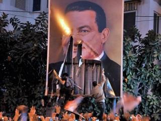 Миллиарды украденных при Мубараке долларов возвращаются в бюджет