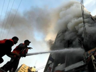 Израиль атаковал здание Исламского национального банка Газы