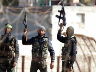 Повстанцы взяли под контроль военную базу под Дамаском
