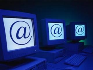 Влияние США в Интернете не устраивает Россию