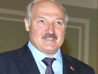 Батька призвал РФ «забить болт» на «демократических страдальцев»