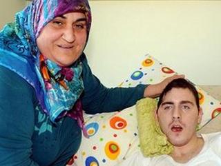 Семья Гульсум Габадайи на протяжении 4 лет выхаживает приемного сына