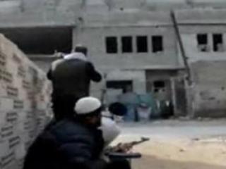 Войска Асада готовят штурм захваченного палестинского лагеря
