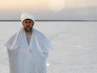 Муфтий попросил Дед Морозов позаботиться о согражданах