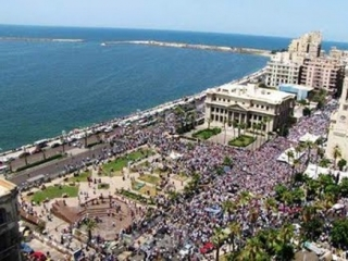 Тысячи сторонников Мурси вышли на улицы Александрии