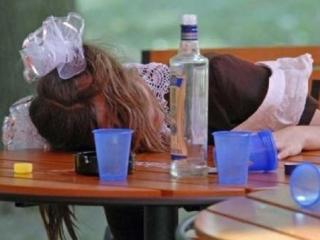 Алкоголь двигают ближе к детям