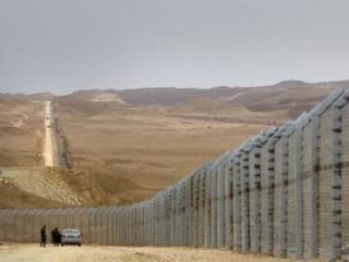 Израиль достроил забор на границе с Египтом
