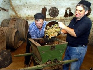 Грузинские виноделы в ожидании российского потребителя
