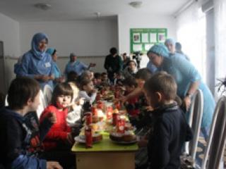ПК «Путин» помог детям-инвалидам по случаю Раби-уль-авваль