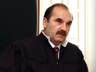 Подозреваемые в убийстве судьи Магомедова объявлены в розыск