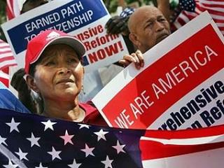 Миллионы мигрантов станут гражданами США