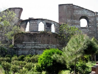 Турки спасут древний православный монастырь в Стамбуле
