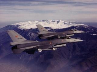 Греция заявила о вторжении турецких самолетов