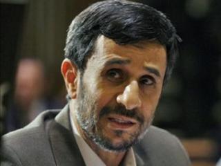 В Каире на Ахмадинежада напал сириец