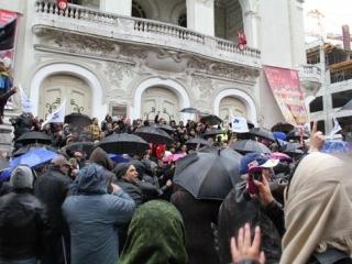 Тунисское движение «Ан-Нахда» вывело на улицы своих сторонников