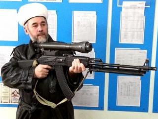 Муфтий пострелял «террористов» и «хрюшек» на хорошую оценку