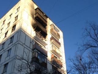 Спрыгнув с 8-го этажа, дети остались живы (фото: Life News)