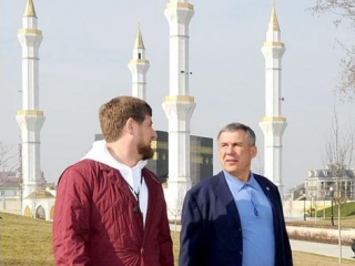 Президент Татарстана провел выходной в Грозном