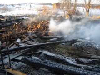 В Нижней Елюзани сгорел в огне третий житель