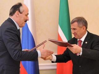 Руководители Дагестана и Татарстана оказались в «отличниках»