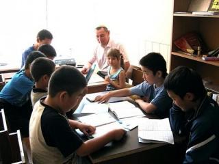 Уроки для младшей группы сахалинских мусульман: проверке подверглись все офисные записи, включая детские тетрадки и пособия