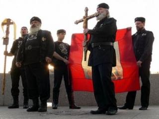 Православные активисты противопоставят местным жителям молебен