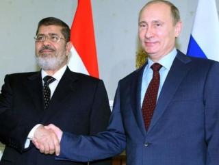 Мурси пригласил Путина в Египет